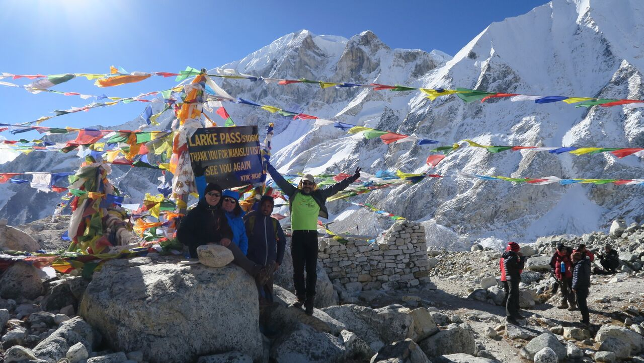 Manaslu Circuit Trek 16 days $1000 Per person